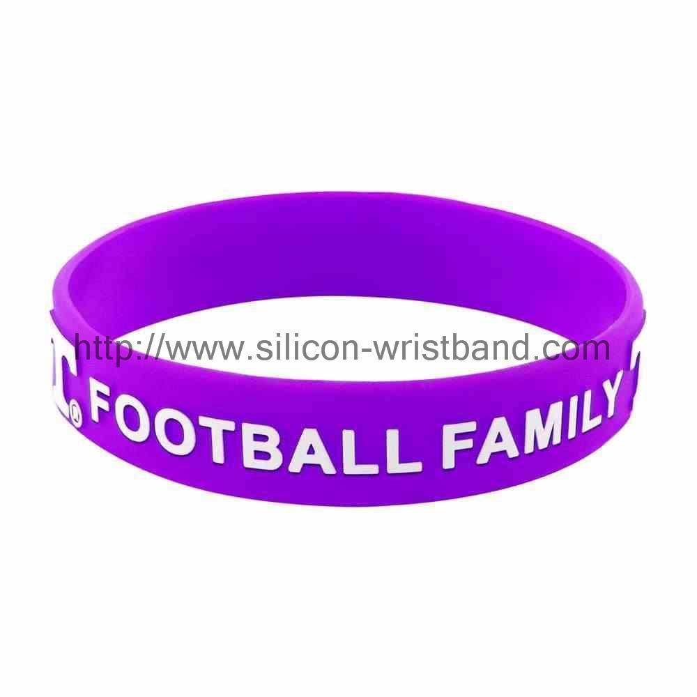 custom wristbands no minimum order